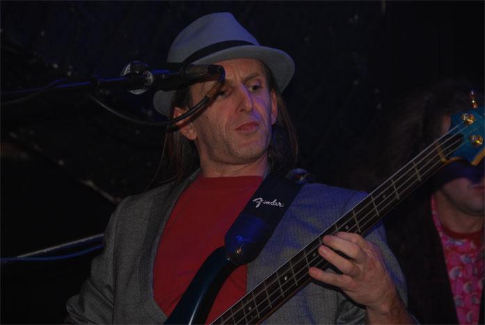 unplugged2008/12 copyright by modart digipix